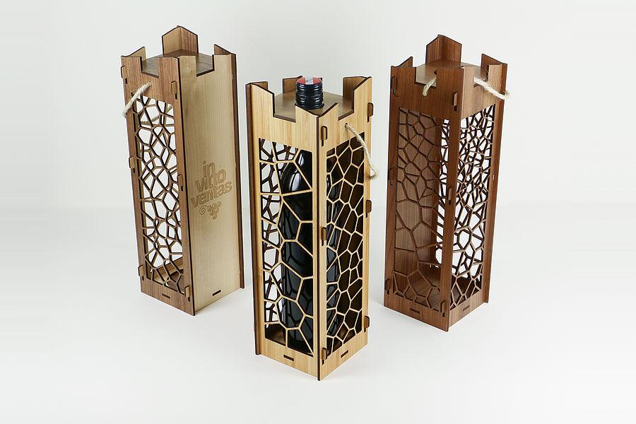 Gravírozott boros doboz